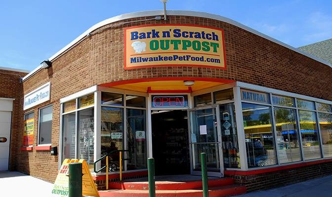 Bark N' Scratch Pet Foods in Milwaukee